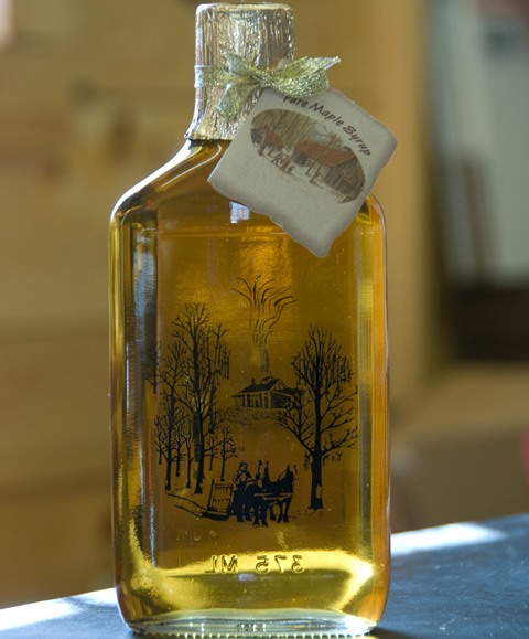 Maple Syrup Glass Flask-0